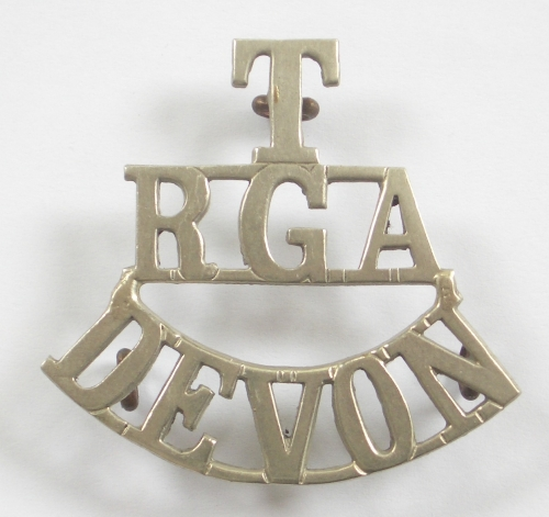 T / RGA / DEVON white metal shoulder title