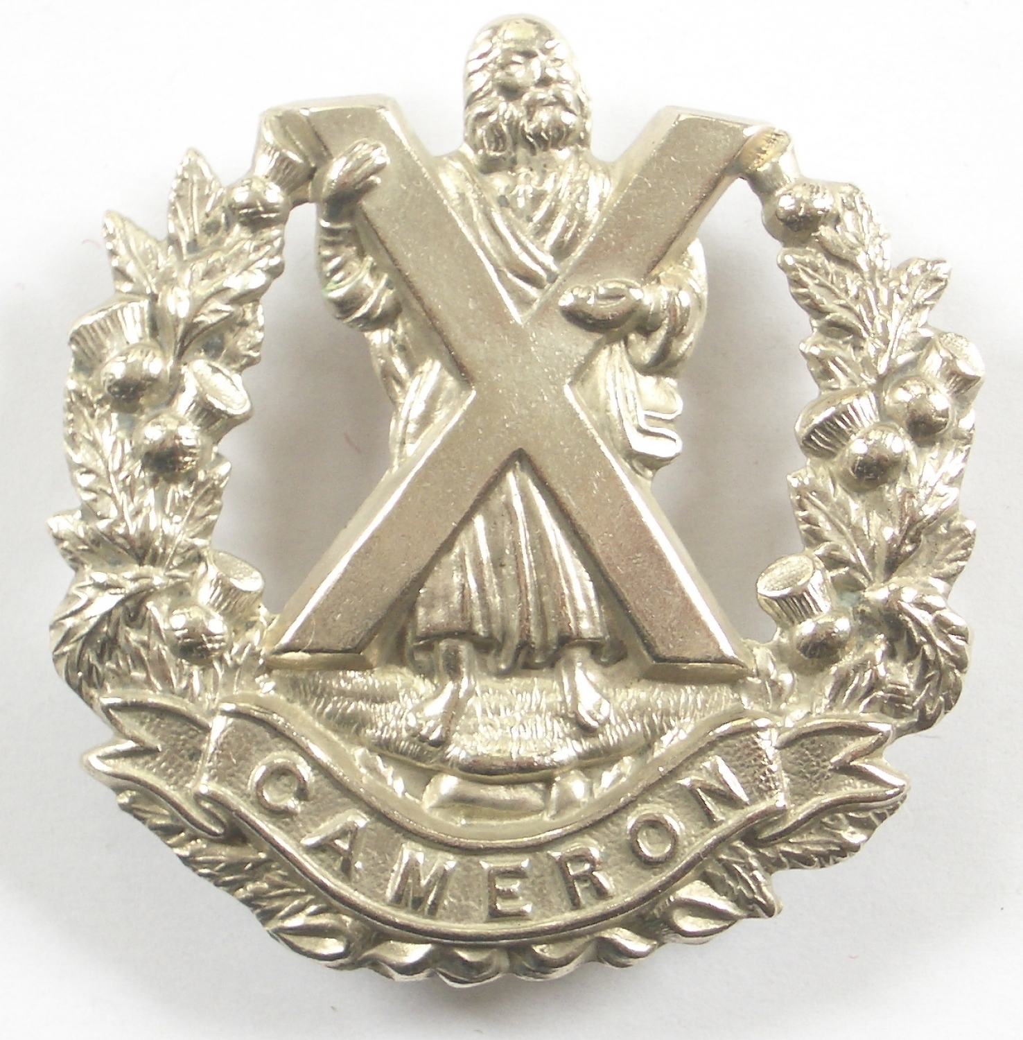 Cameron Highlanders of Canada glengarry badge