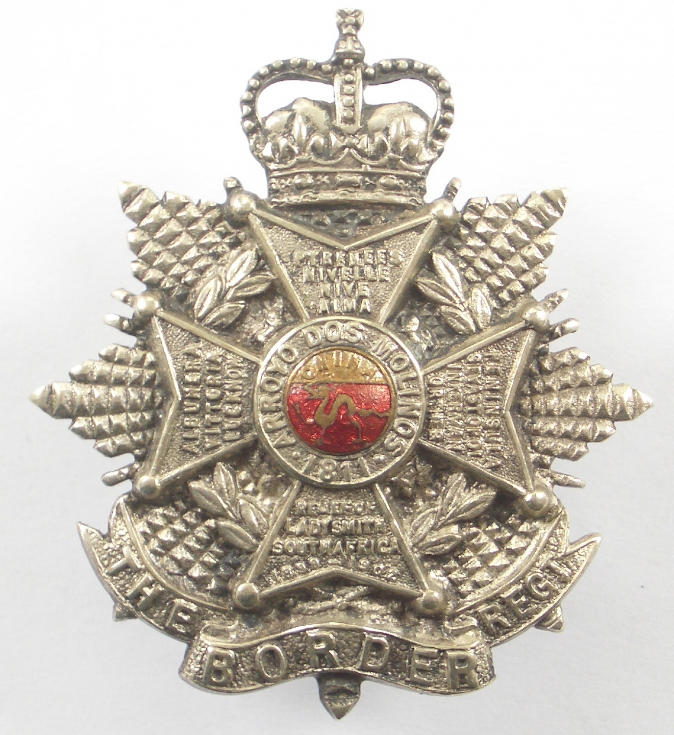 Border Regiment EIIR Officer's silvered & enamel cap badge.