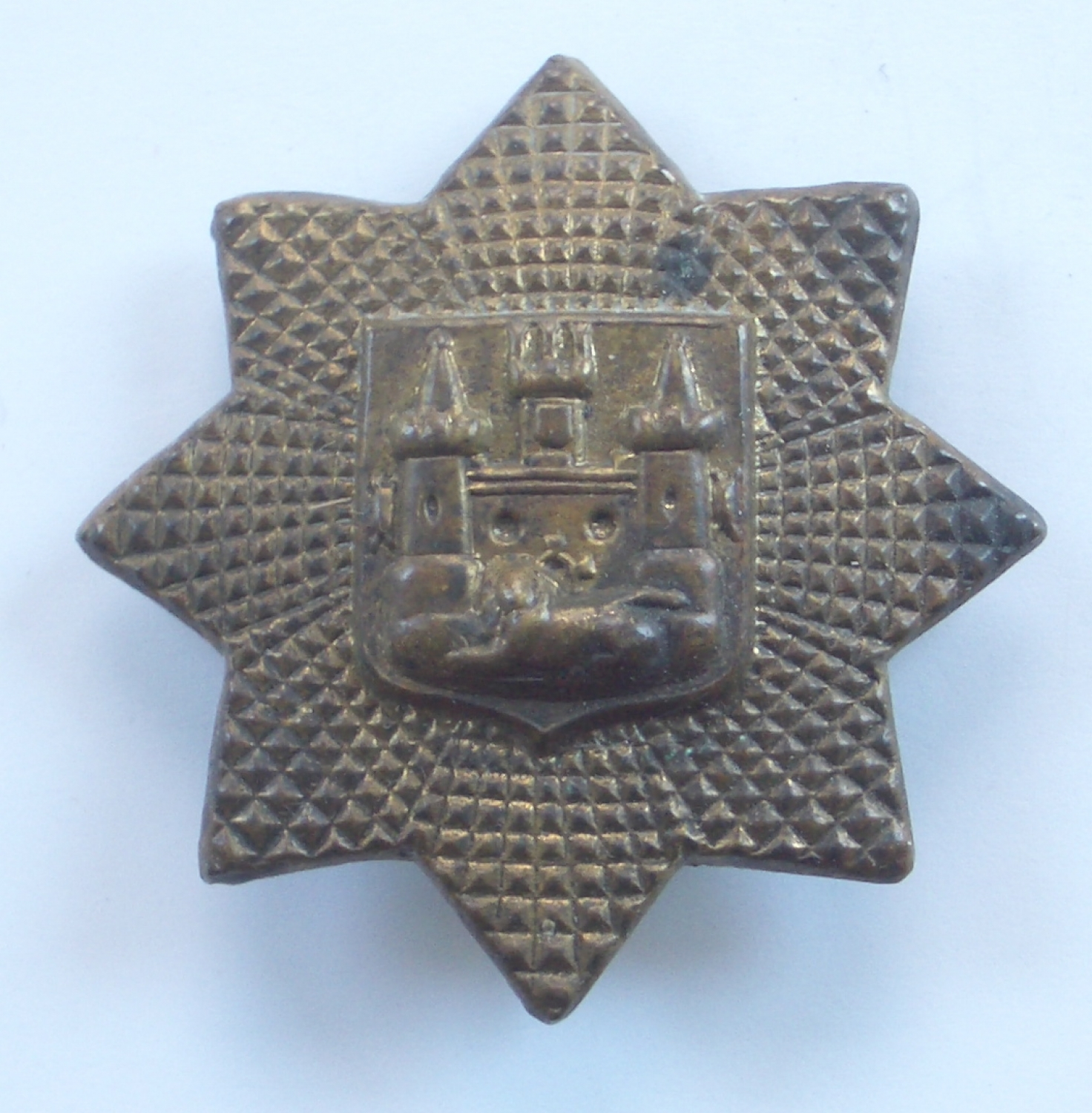 East Surrey Regt 1st pattern rare pagri badge