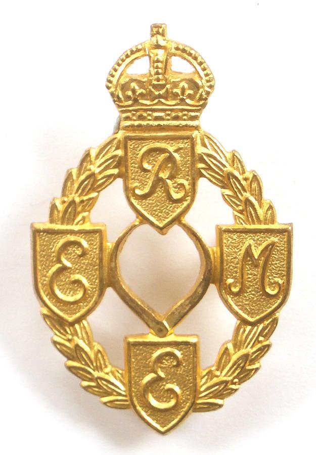 REME WW2 gilt Officer cap badge