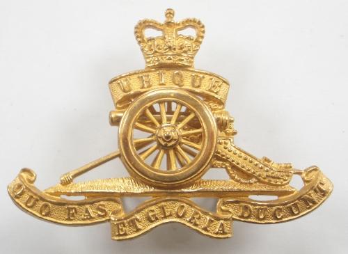 Royal Artillery EIIR gilt cap badge by Gaunt
