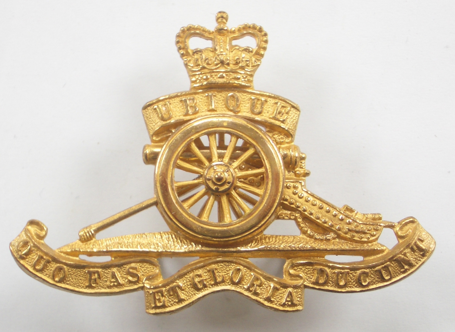 Royal Artillery EIIR gilt cap badge by Gaunt