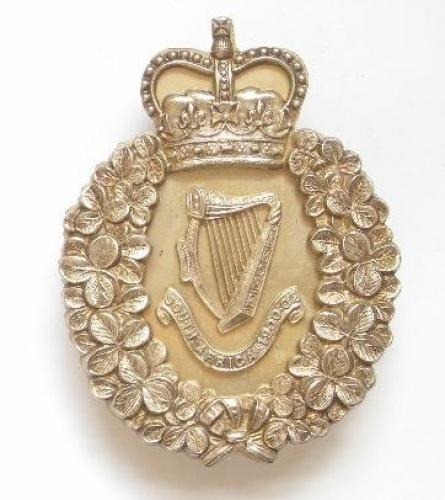 London Irish Rifles silver pouch belt plate