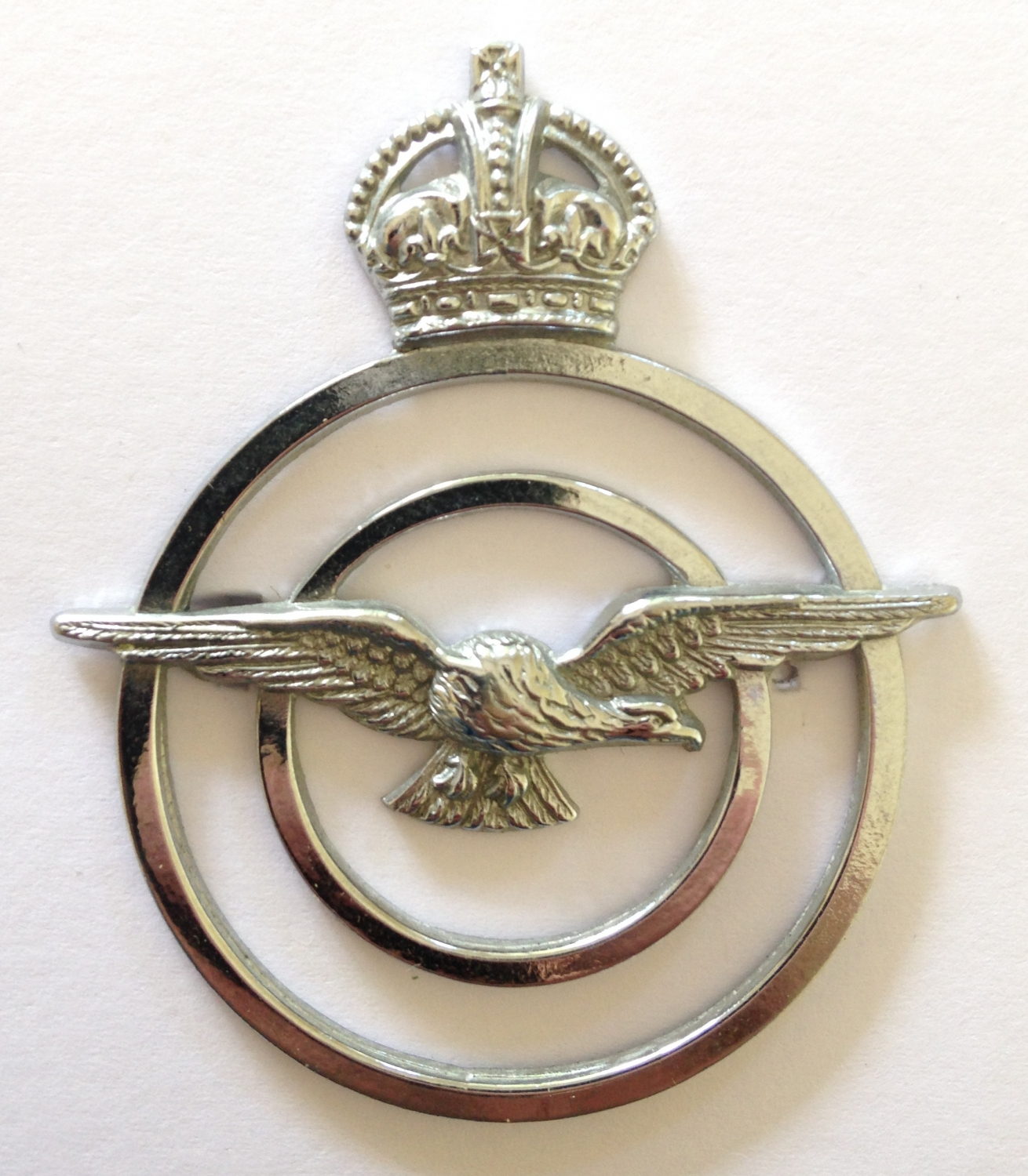 RAF Chaplain's Assistant's cap badge