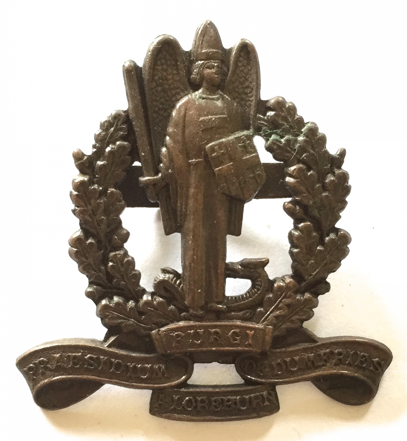 Dunfries-shire VTC rare WW1 bronze cap badge.