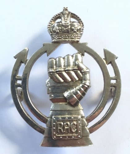 Royal Armoured Corps 1941 HM silver badge.