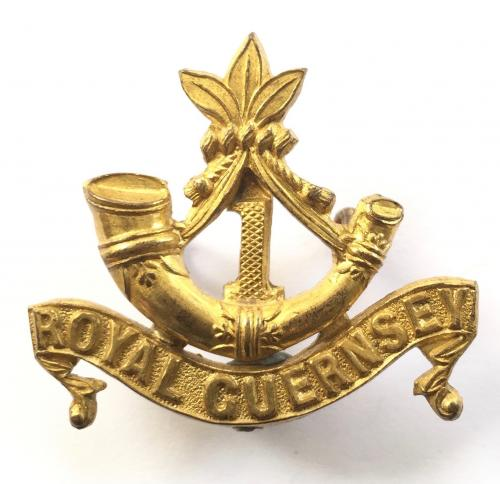 1st Royal Guernsey Militia Officer's FS cap