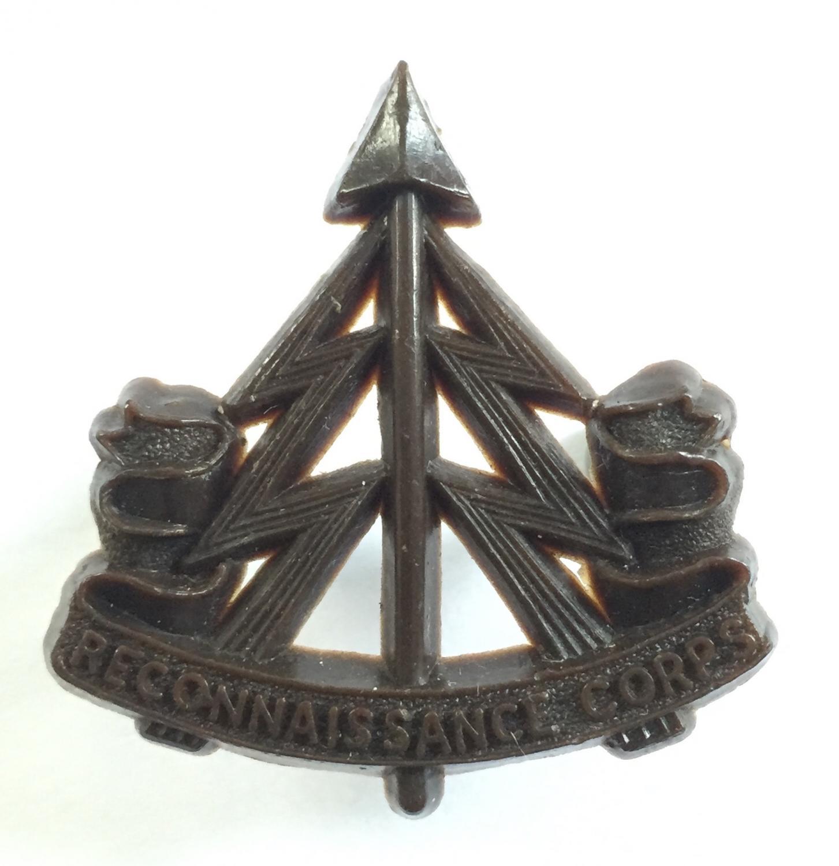 Reconnaissance Corps WW2 plastic cap badge