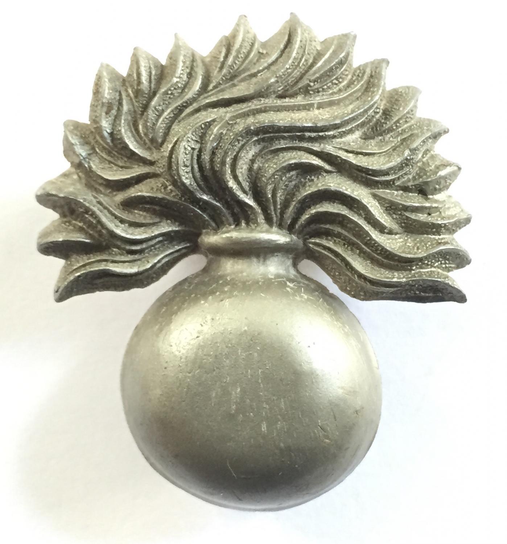 Grenadier Guards WW2 plastic cap badge