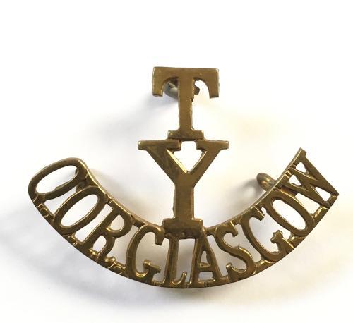 T / Y/ QOR GLASGOW brass shoulder title.