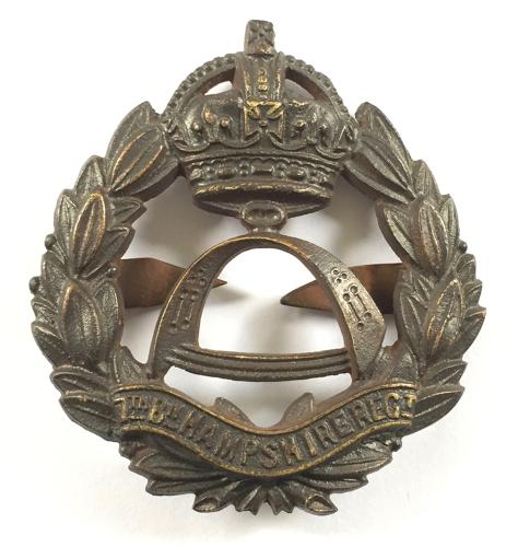 7th Bn. Hampshire Regiment rare OSD bronze cap badge.