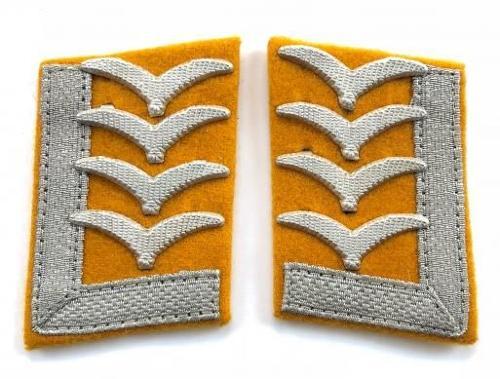 German Third Reich Luftwaffe pair of Oberfeldwebel collar patches