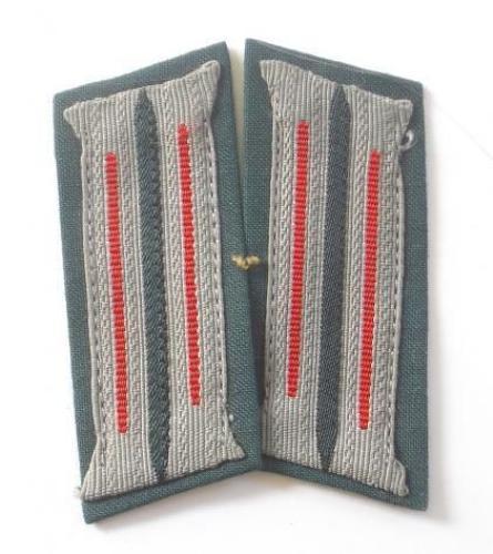WW2 German Artillery Collar Badges