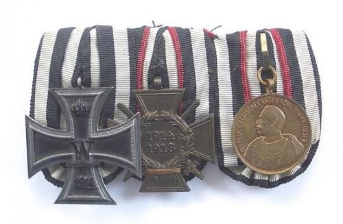 WW1 Imperial German Iron Cross Group of Three Medals.