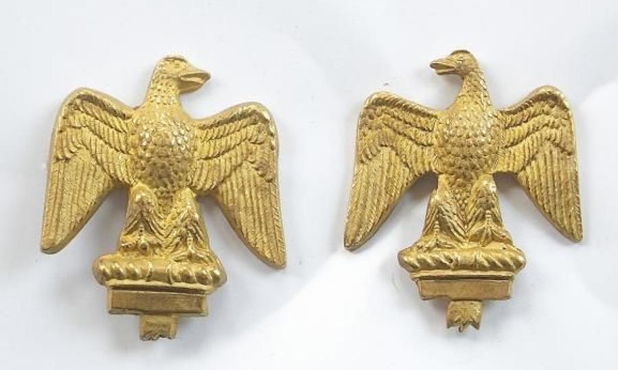 Essex Regiment pair of Officer's gilt collar badges.