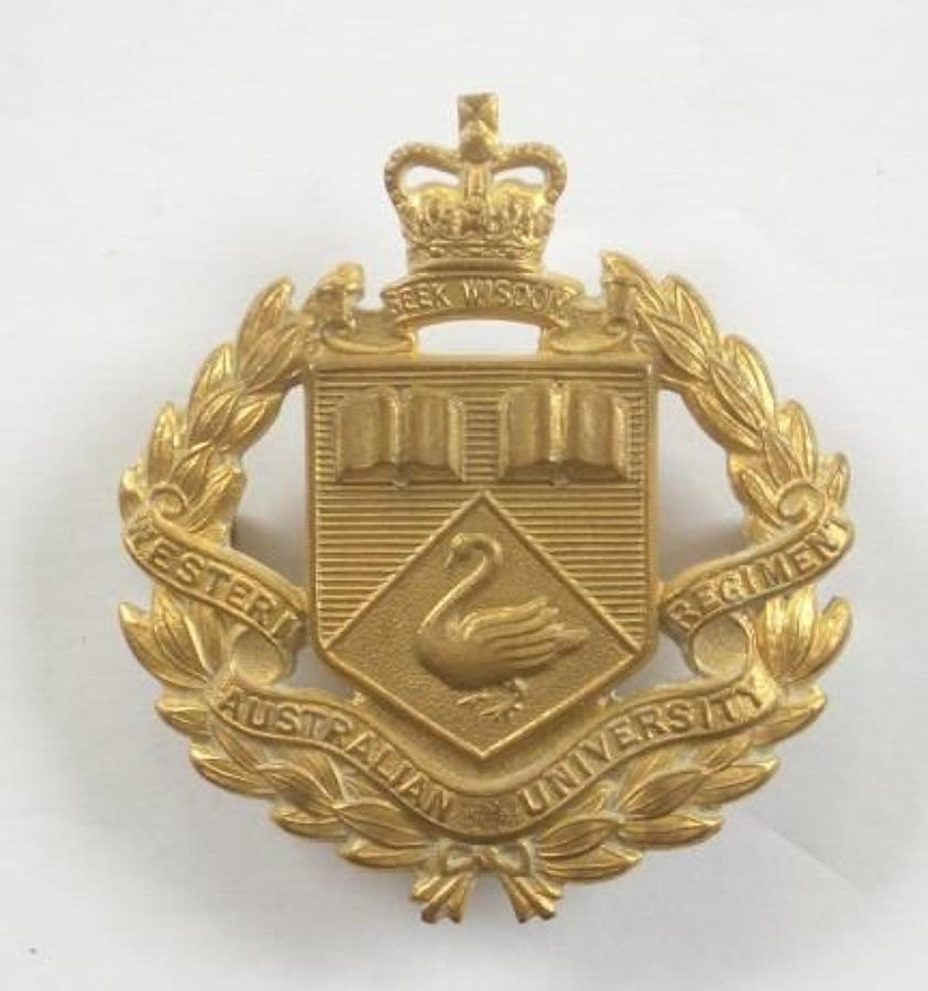 Western Australian University Regiment slouch hat badge by Stokes.