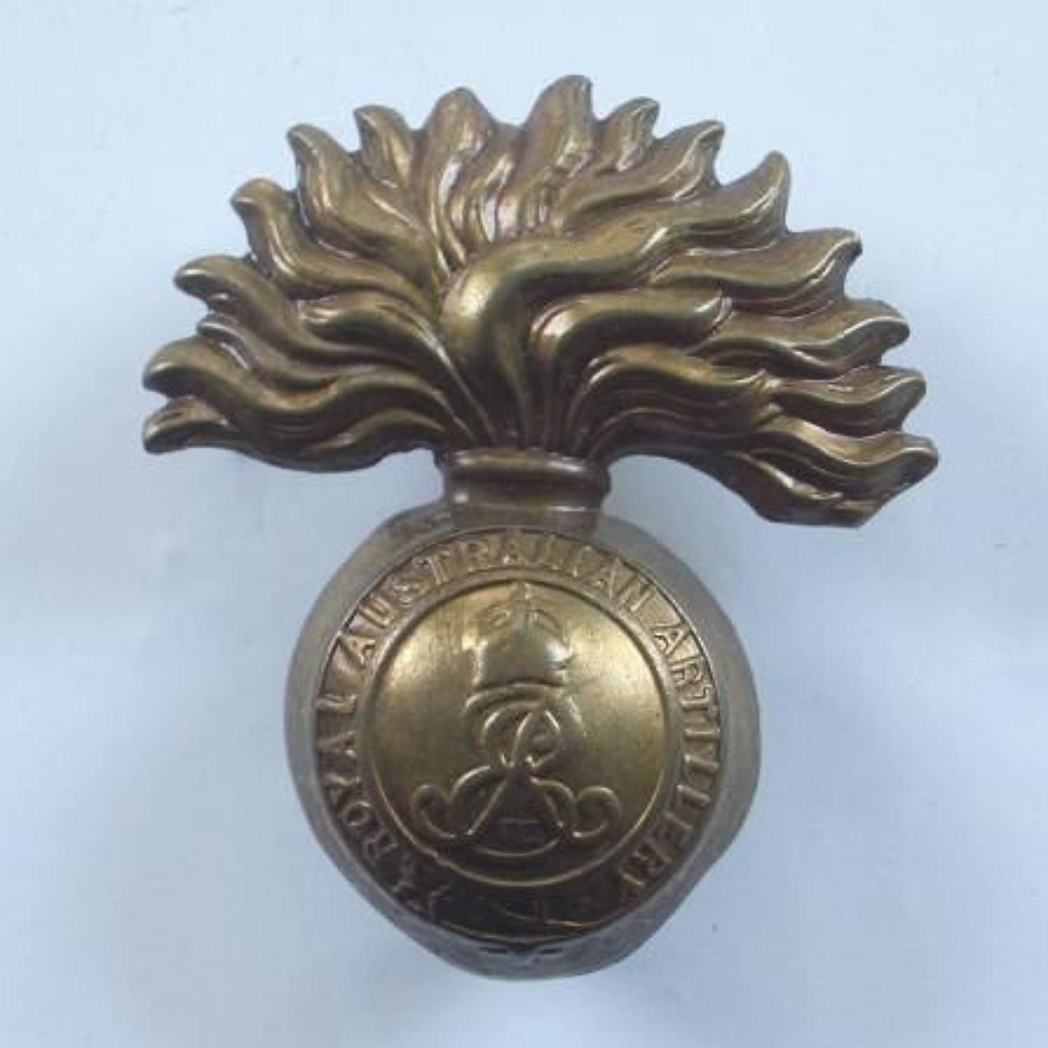 Edward VII Royal Australian Artillery Cap Badge circa 1902-10.