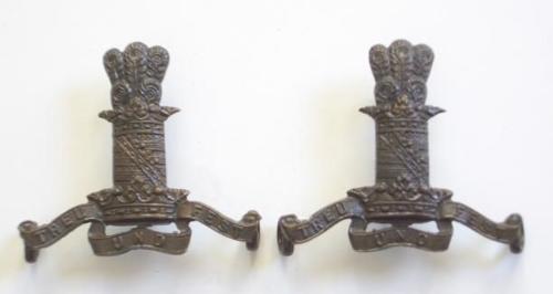11th Prince Albert's Own Hussars pair of post 1902 OSD bronze collar badges.