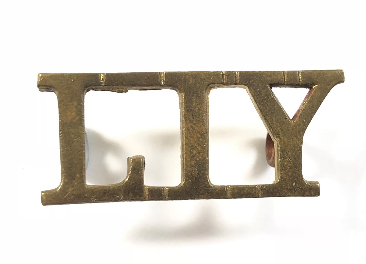 LIY brass Lanarkshire Imperial Yeomanry shoulder title