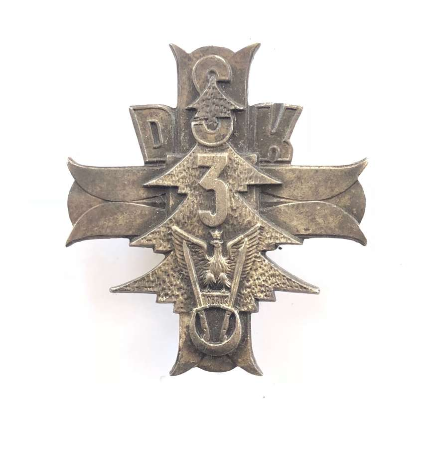 3rd Carpathian Rifle Division Polish WW2 silvered breast badge.