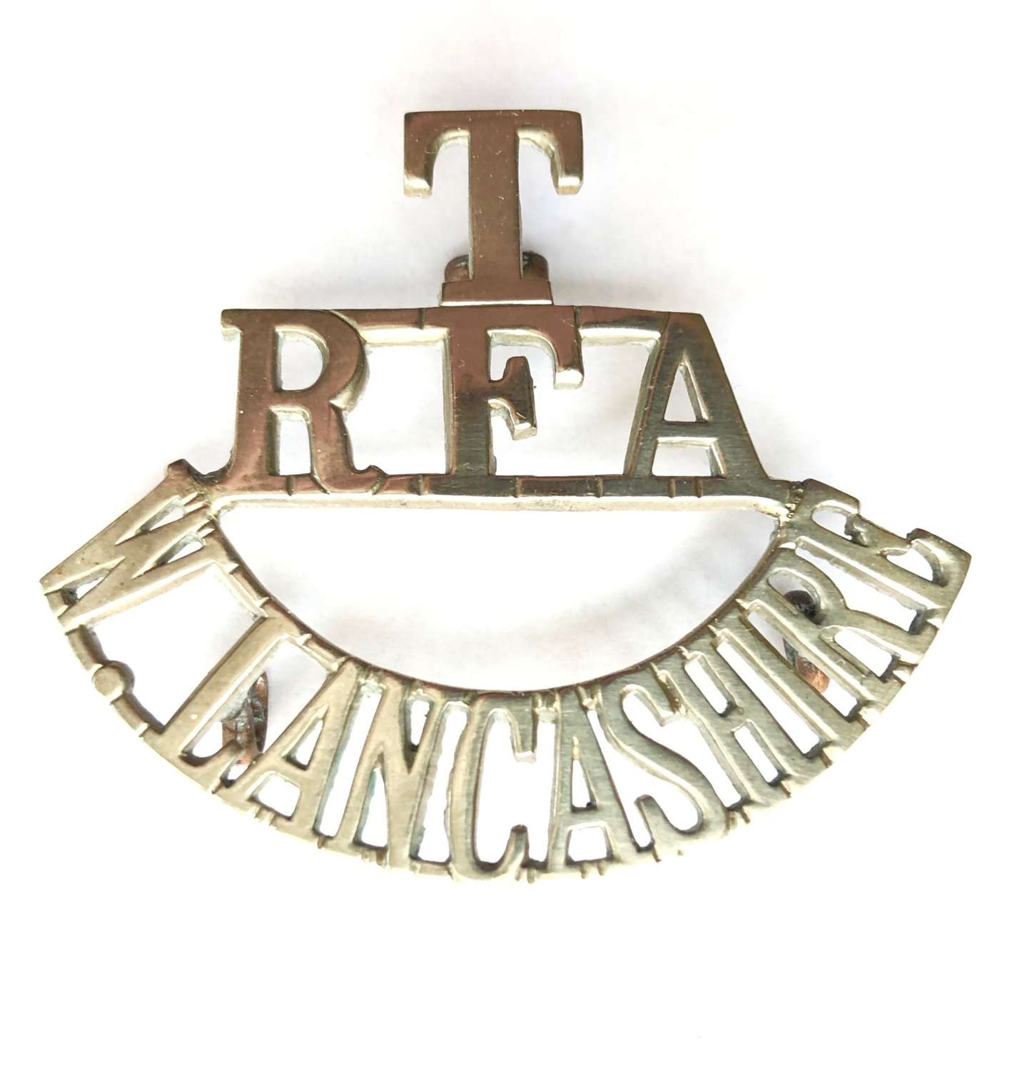 T / RFA / W.LANCASHIRE white metal Royal Field Artillery title