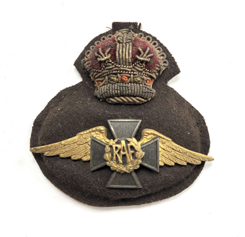 Royal Air Force WW2 RAF Chaplain's cap badge