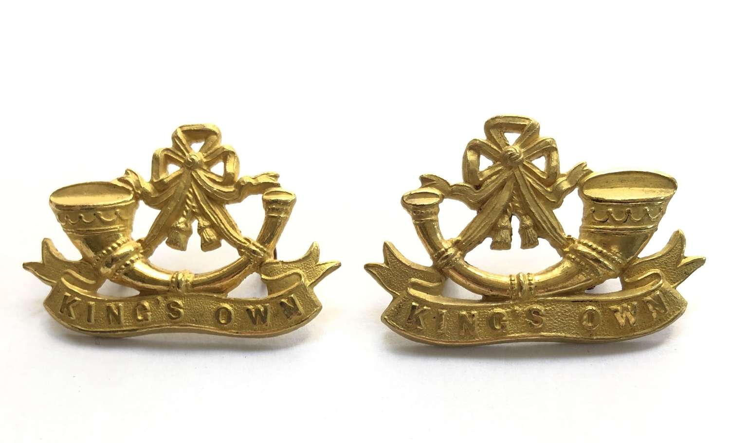 King's Shropshire Light Infantry post 1882 gilt collar badges