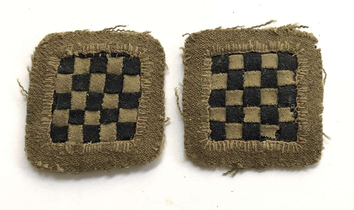 34th Division WW1 pair of cloth formation signs