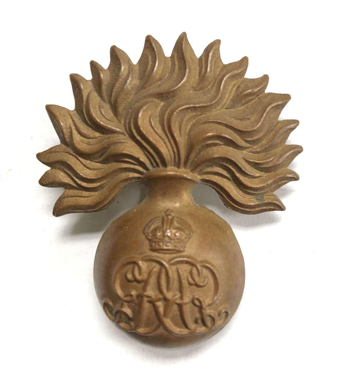 Grenadier Guards scarce GvR Sergeant's or Musician's cap badge