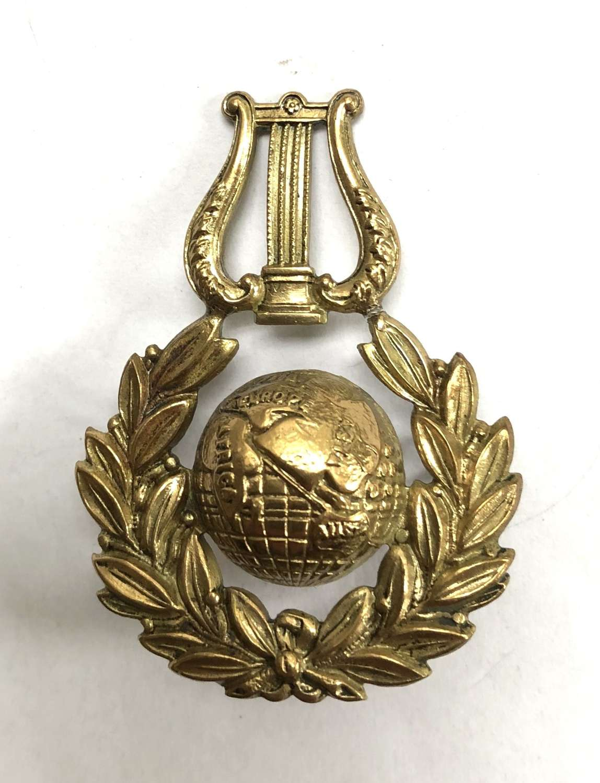 Royal Naval School of Music brass cap badge circa 1921-36