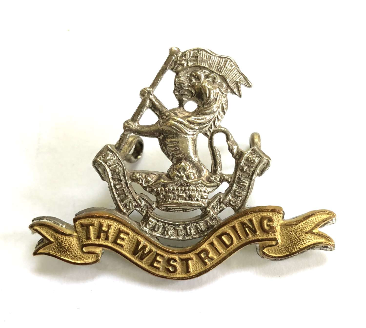 Duke of Wellington's West Riding Regiment Officer's cap badge