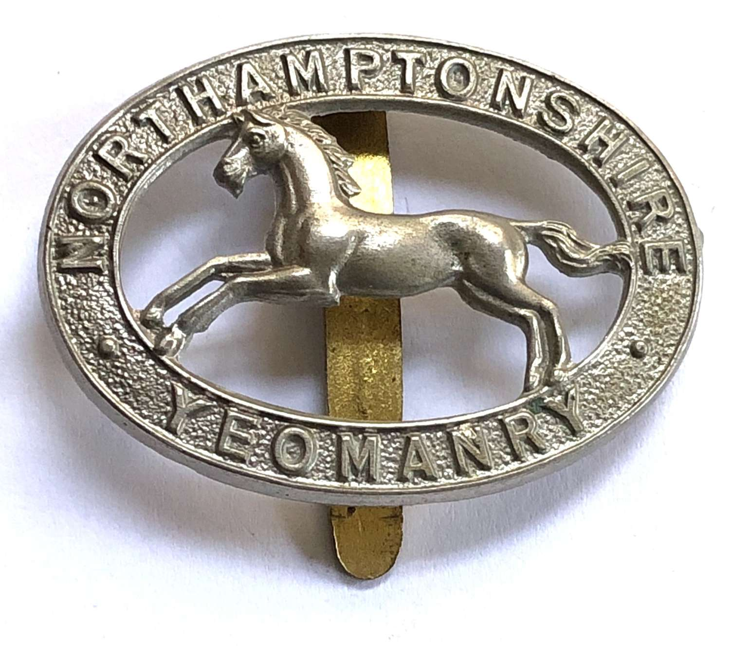 2nd Northamptonshire Yeomanry OR's cap badge by Gaunt, London