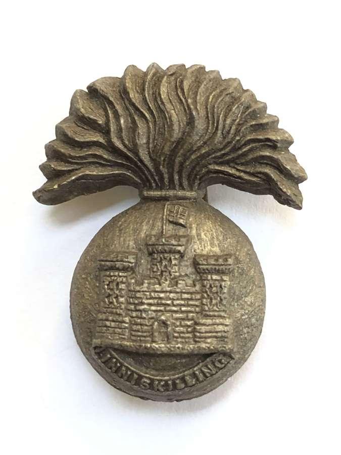Irish. Royal Inniskilling Fusiliers WW2 plastic economy cap badge