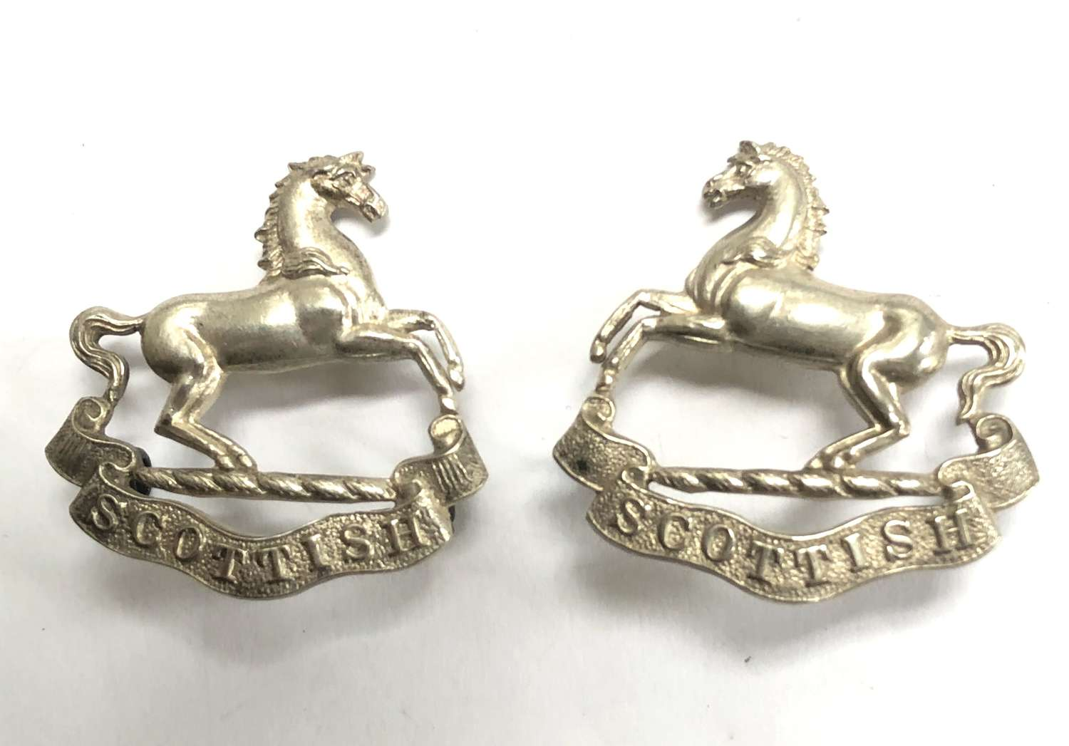 Liverpool Scottish post 1908 Officer's facing pair of collar badges