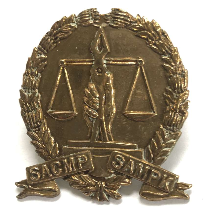 South African Corps of Military Police WW2 cap badge