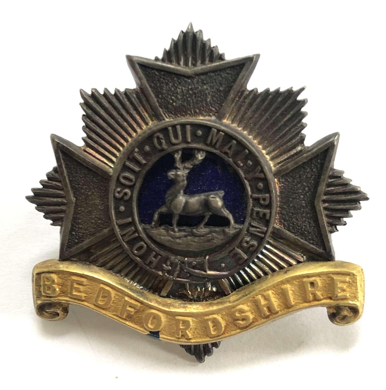 Bedfordshire Regiment pre 1919 Officer's cap badge by J & Co