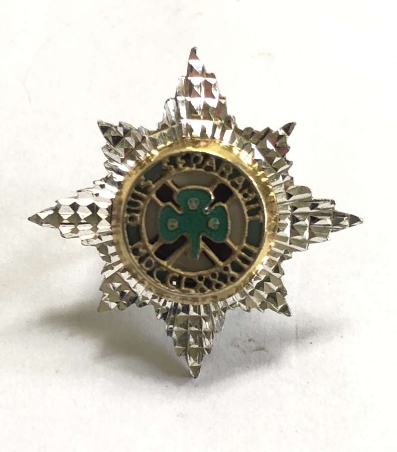 Irish Guards silver Officer's Service Dress cap star