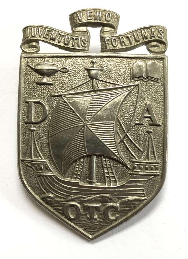 Dollar Academy OTC Clackmannanshire pre 1948 glengarry badge