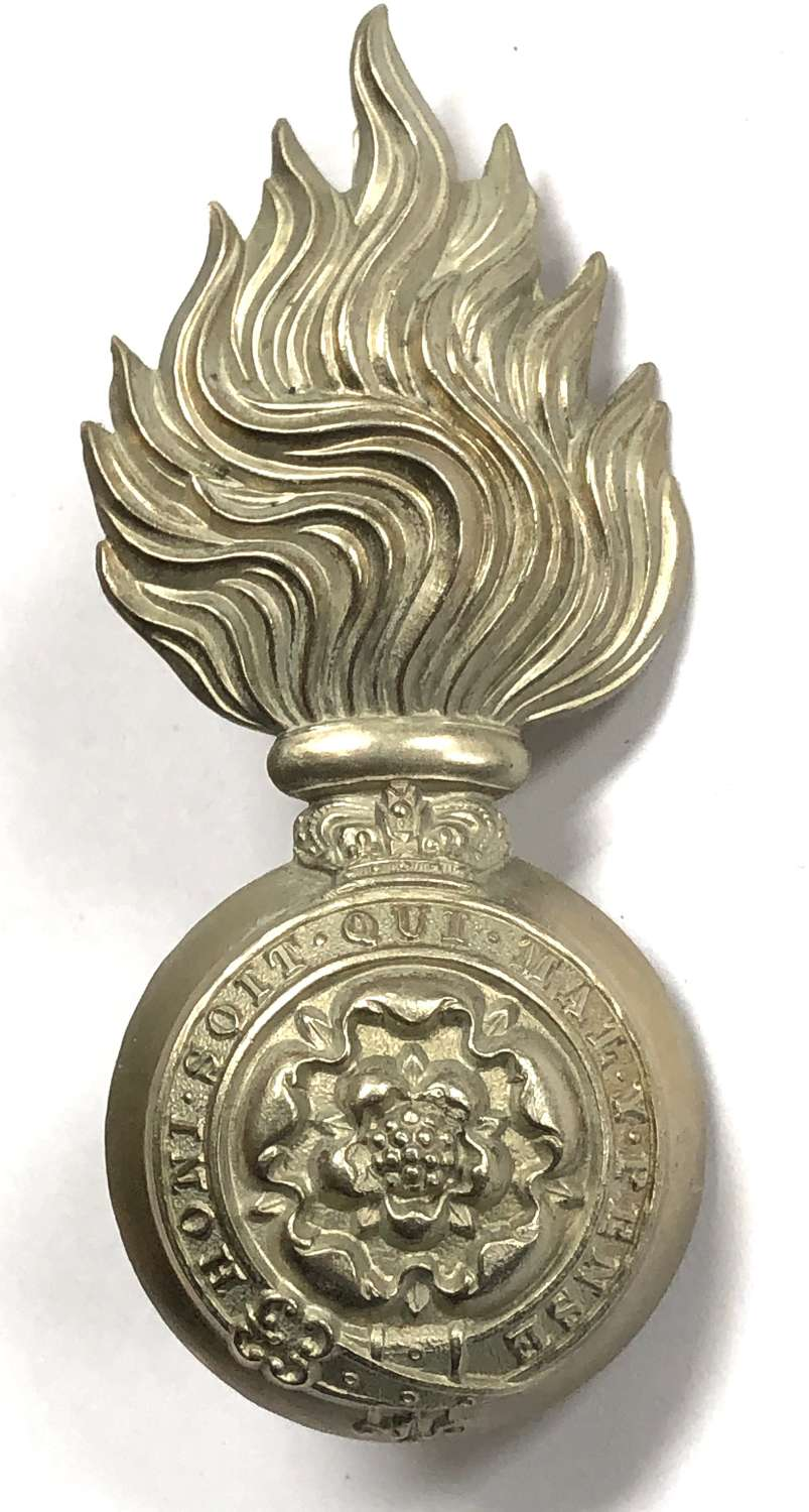 VB Royal Fusiliers (City of London Regt) Victorian fur cap grenade