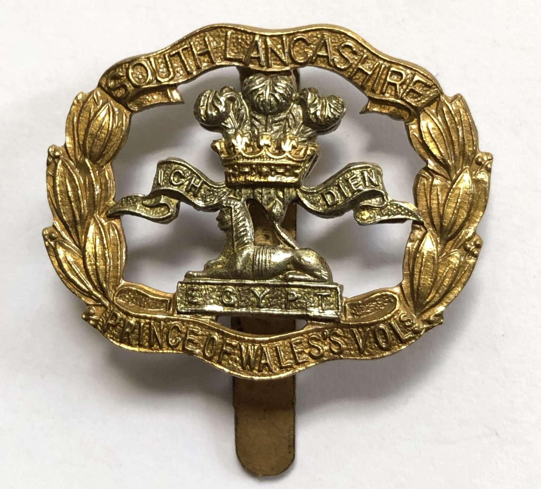 PWV South Lancashire Regiment OR's beret badge by Gaunt, London
