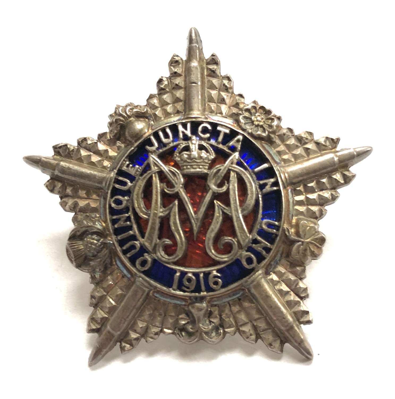 WWI Machine Gun Guards Officer's 1916 hallmarked silver cap badge