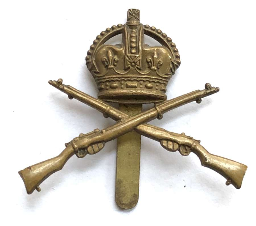 School of Musketry brass cap badge circa 1901-19
