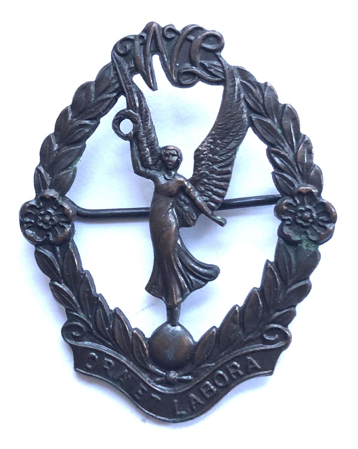 Womens Legion 2nd type post 1934 bronze cap badge