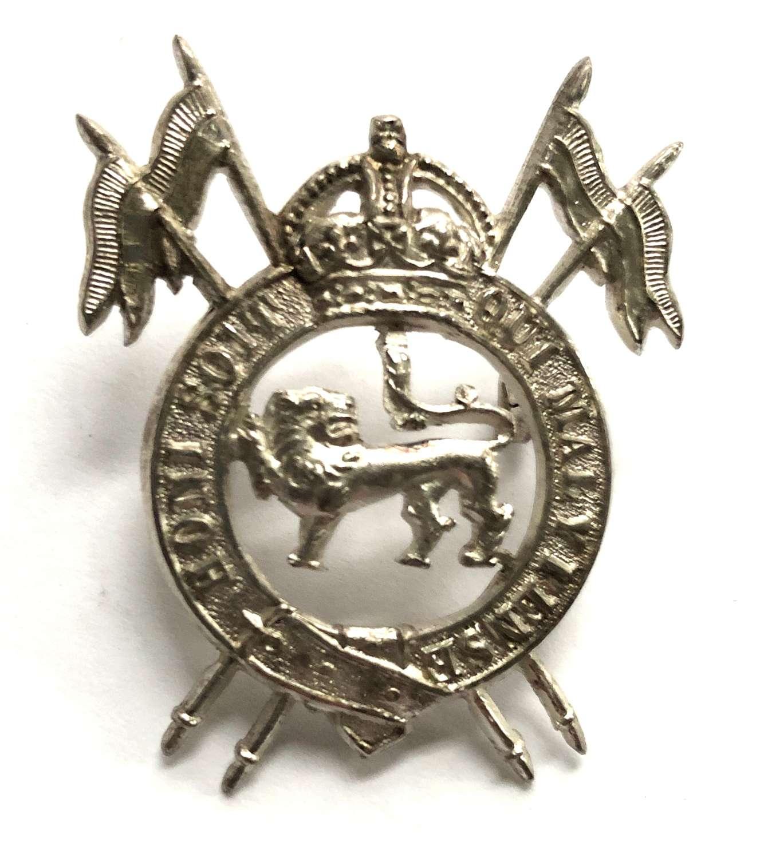 Indian Army. 2nd Royal Lancers (Gardner's Horse) Officer's cap bad