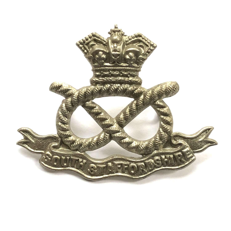 South Staffordshire Regiment Victorian VB cap badge circa 1896-1901
