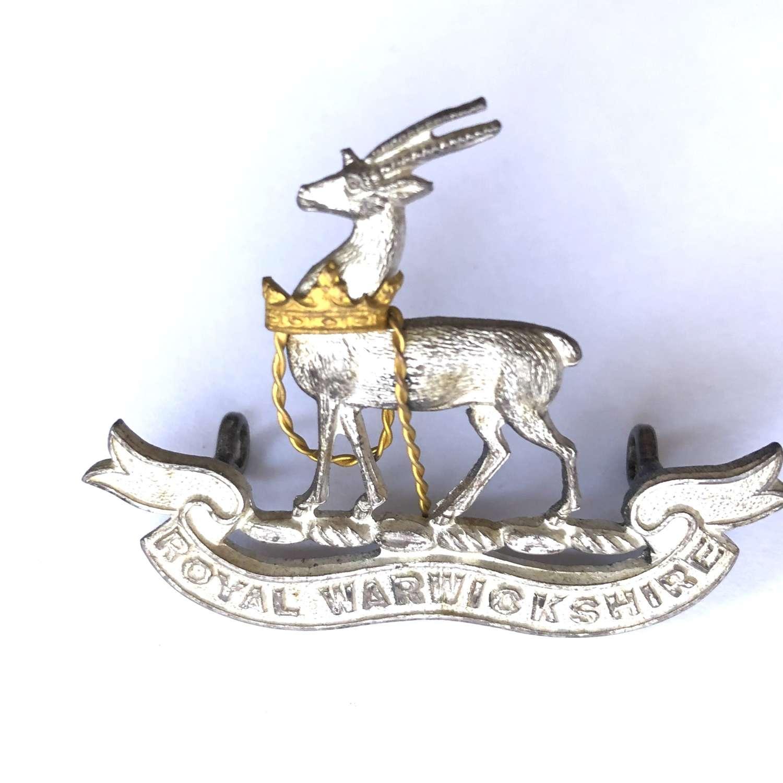 Royal Warwickshire Regiment Officer's cap badge