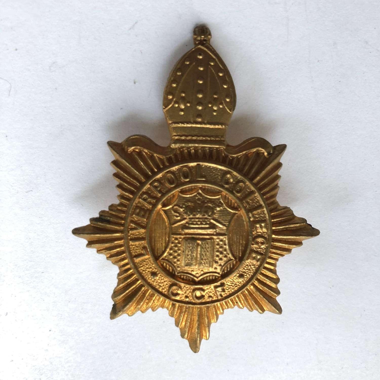 Liverpool College CCF cap badge.