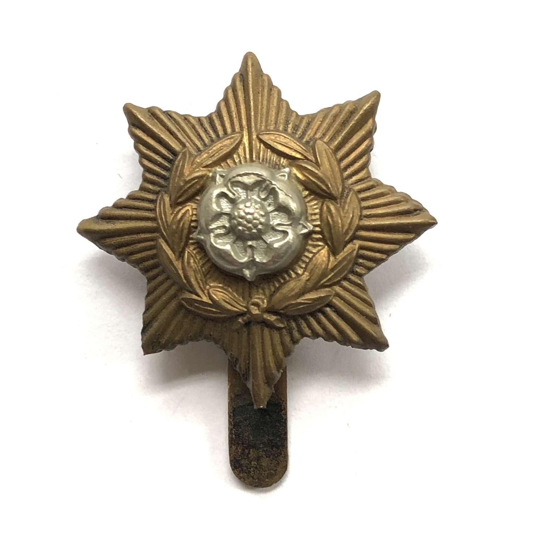 Hymer's College OTC Hull cap badge