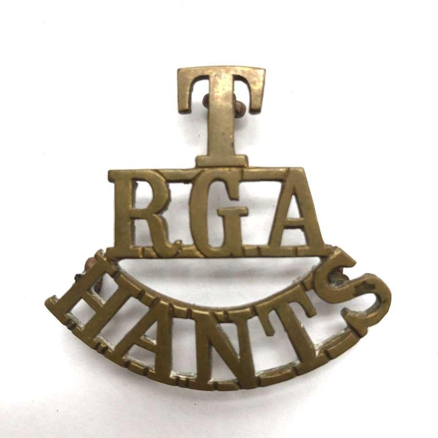 T / RGA / HANTS Royal Garrison Artillery shoulder title c1908-200